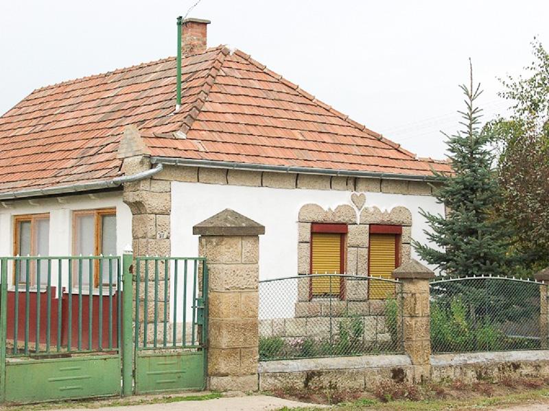 Lakóház az 1950-es évekből. Tarnaszentmária