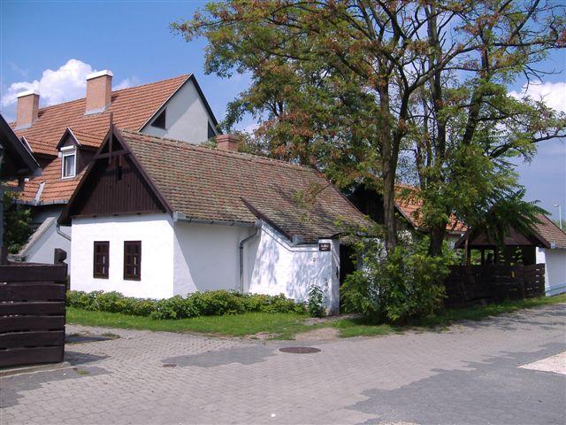 Kézműves napok a Tabáni tájházban, 2006. aug. Kozma Károly felvétele